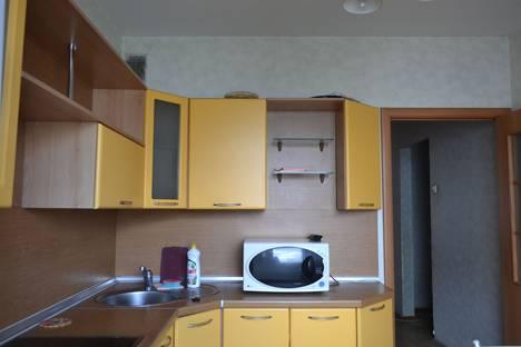 Сдается 3-комнатная квартира посуточнов Челябинске, Чайковского 58.