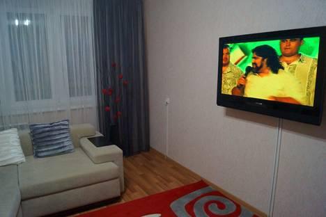 Сдается 3-комнатная квартира посуточно в Набережных Челнах, проспект Чулман, 21.