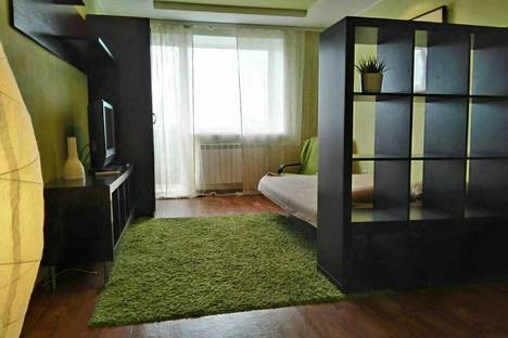 Сдается 1-комнатная квартира посуточно в Омске, ул Иртышская Набережная, 43.