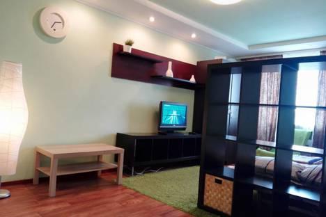 Сдается 1-комнатная квартира посуточно, ул Иртышская Набережная, 43.