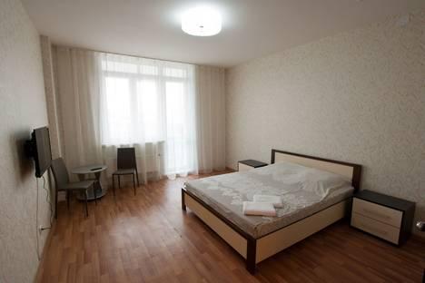 Сдается 1-комнатная квартира посуточнов Красноярске, улица Алексеева, 43.