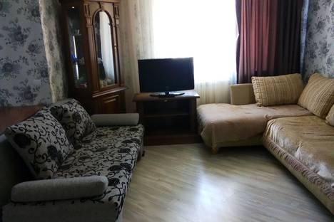 Сдается 3-комнатная квартира посуточно в Стерлитамаке, ул. Юрматинская 1а.