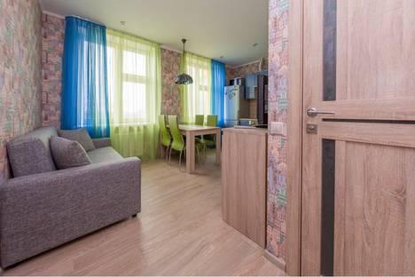 Сдается 2-комнатная квартира посуточно в Красногорске, улица Авангардная 8.