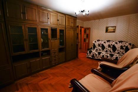 Сдается 3-комнатная квартира посуточно в Ставрополе, улица Орджоникидзе, 1.