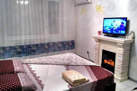 Сдается 1-комнатная квартира посуточнов Новотроицке, улица Советская, 111.