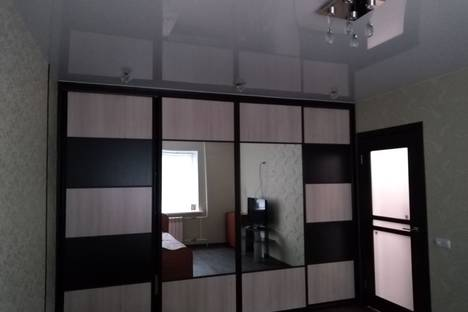 Сдается 1-комнатная квартира посуточно в Нефтеюганске, Ул. 8 микрорайон,  д. 21, кв. 41.