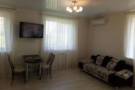 Сдается 2-комнатная квартира посуточно в Ульяновске, ул Радищева,5.