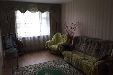 Сдается 3-комнатная квартира посуточнов Казани, проспект Ямашева, 29.