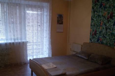 Сдается 3-комнатная квартира посуточно, улица Пархоменко, 43.