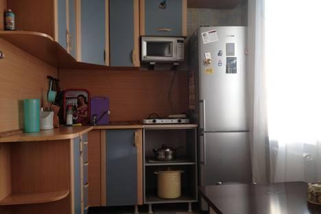 Сдается 3-комнатная квартира посуточнов Ачинске, улица Юго-восточный микрорайон, 33.