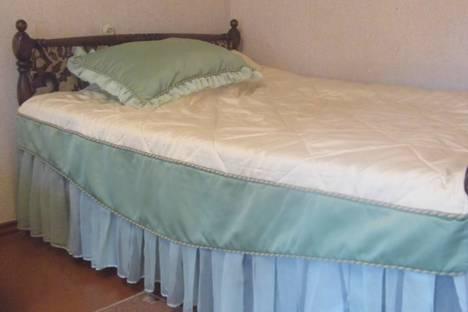 Сдается 1-комнатная квартира посуточно в Энгельсе, проспект Строителей, 3.
