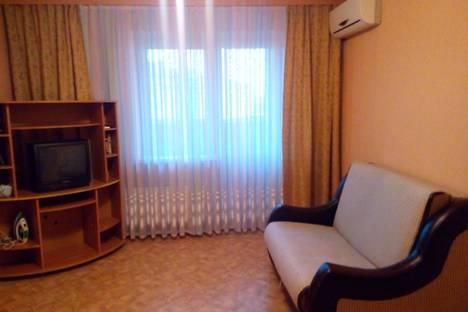 Сдается 2-комнатная квартира посуточно в Воронеже, ул. Димитрова, 27.