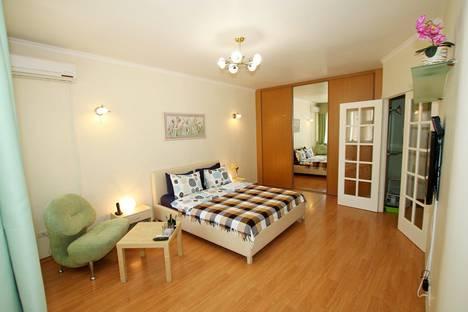 Сдается 1-комнатная квартира посуточнов Москве, Лесная 4с1.