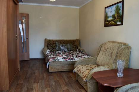 Сдается 1-комнатная квартира посуточнов Прокопьевске, улица Гайдара, 5.