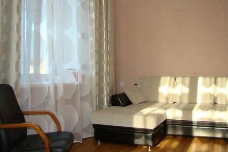 Сдается 3-комнатная квартира посуточно в Омске, проспект Мира, 29.
