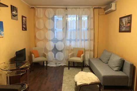 Сдается 1-комнатная квартира посуточно в Москве, Новочеремушкинская улица, 21 корпус 1.