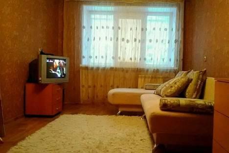 Сдается 2-комнатная квартира посуточнов Омске, Красный путь, 80.