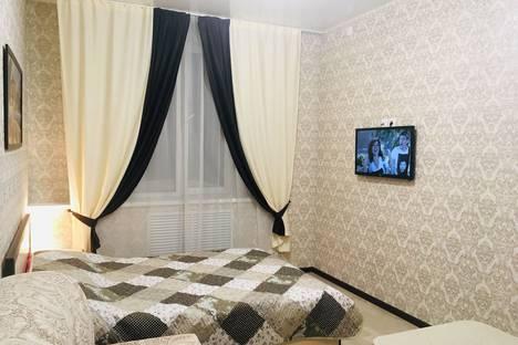 Сдается 1-комнатная квартира посуточно в Кирове, улица Шинников, 9.