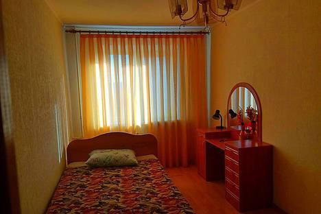 Сдается 3-комнатная квартира посуточно в Магнитогорске, проспект Карла Маркса, 142.