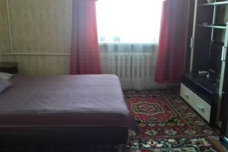 Сдается 1-комнатная квартира посуточнов Таганроге, Петровская улица 9/11, Таганрог.