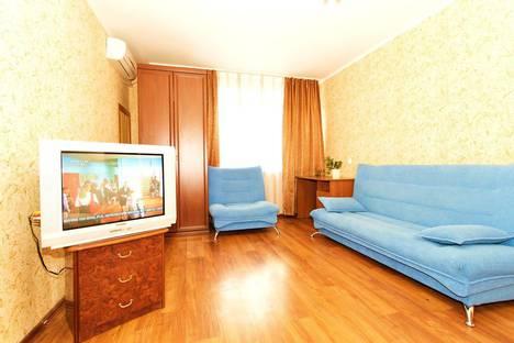 Сдается 1-комнатная квартира посуточно в Нижнем Новгороде, ул. Звездинка, 7.