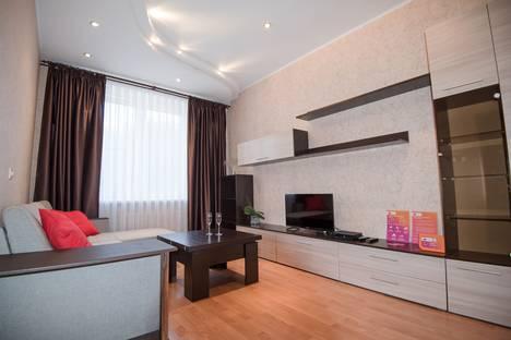 Сдается 2-комнатная квартира посуточнов Иванове, улица Громобоя, 15.