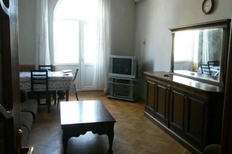 Сдается 3-комнатная квартира посуточно в Баку, Азадлыг Проспекти, 16/21.