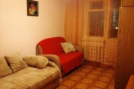 Сдается 2-комнатная квартира посуточно в Новосибирске, Российская улица, 17.