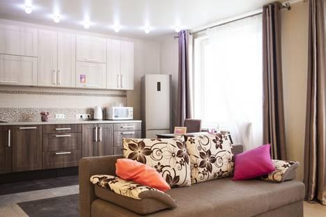 Сдается 2-комнатная квартира посуточно в Петрозаводске, Коммунальная улица д.1.