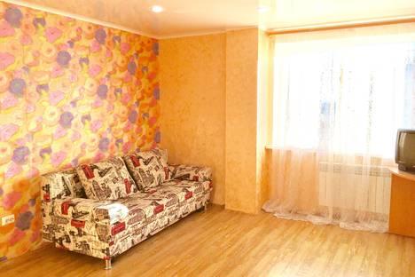 Сдается 1-комнатная квартира посуточнов Тюмени, ул. Прокопия Артамонова, 6 к1.