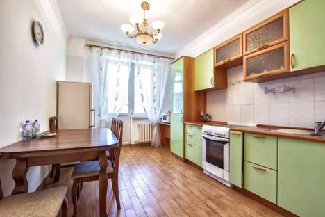 Сдается 1-комнатная квартира посуточно в Актобе, Космос Абулкаир хана 69б.