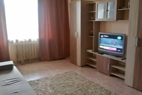 Сдается 1-комнатная квартира посуточнов Новокуйбышевске, ул. Александра Матросова, 14.