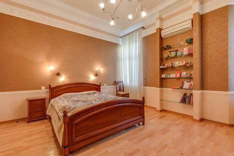 Сдается 2-комнатная квартира посуточнов Железнодорожном, проспект Мира, 146.