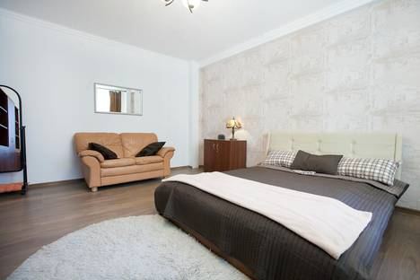 Сдается 1-комнатная квартира посуточнов Железнодорожном, Тверская-Ямская 1-я, 28.