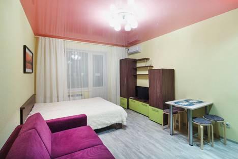 Сдается 1-комнатная квартира посуточно в Новосибирске, улица Сибирская, 42.
