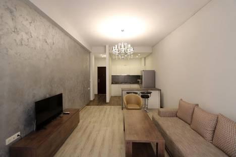 Сдается 2-комнатная квартира посуточно в Ереване, ул. Арама, 84.