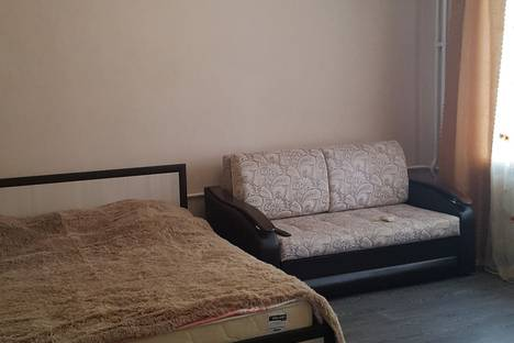 Сдается 2-комнатная квартира посуточно в Казани, улица Галактионова, 5А.