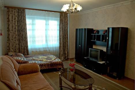 Сдается 1-комнатная квартира посуточно, улица Челюскинцев, 25.