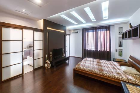 Сдается 1-комнатная квартира посуточно в Казани, Чистопольская улица, 20/12.