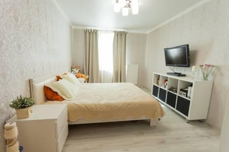 Сдается 2-комнатная квартира посуточнов Тюмени, улица Пермякова 75.