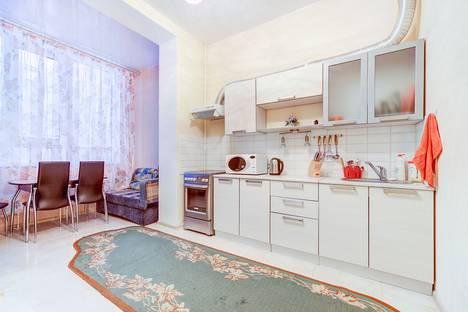 Сдается 1-комнатная квартира посуточнов Московском, проспект 183/185.