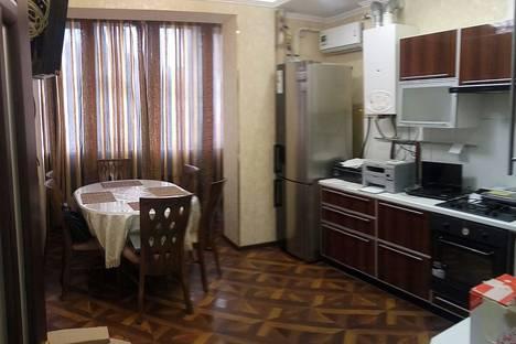 Сдается 1-комнатная квартира посуточно, Краснодарская 66 в.