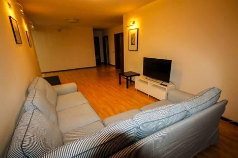 Сдается 3-комнатная квартира посуточно, проезд Маршала Конева 29.