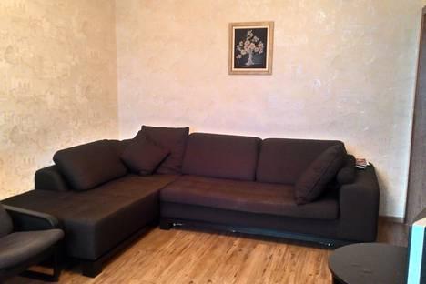 Сдается 1-комнатная квартира посуточно в Новосибирске, улица Кирова, 25.