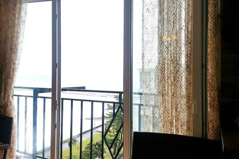 Сдается 2-комнатная квартира посуточно в Кобулети, г. Кобулети. ул. Царицы Тамар 42.