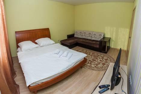 Сдается 2-комнатная квартира посуточно, улица Михаила Сперанского, 17.