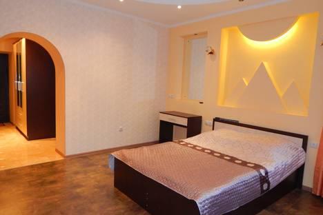 Сдается 1-комнатная квартира посуточно в Брянске, улица Дуки 71.