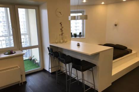 Сдается 1-комнатная квартира посуточнов Берёзовском, Чкаловский р-н, Союзная улица, 6.