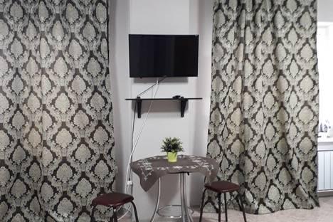 Сдается 1-комнатная квартира посуточно, улица Комарова, 8 УГНТУ.