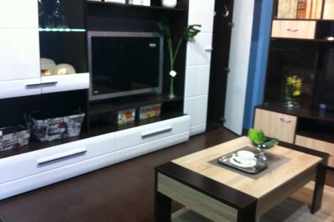 Сдается 1-комнатная квартира посуточнов Аксае, проспект Сельмаш, 2.